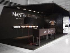 Elegant wine label stand design